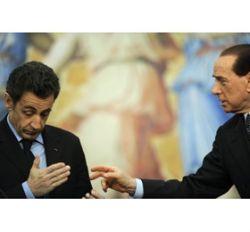 Феминистки подадут в суд на Берлускони
