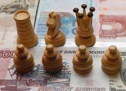 Курс доллара вырос к евро до максимума за 3 месяца
