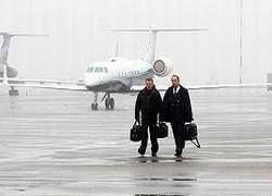 """В США пассажир \""""сбежал\"""" из самолета на летное поле"""