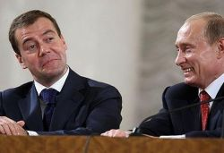 Медведев разнюхал сладкий аромат власти: позиции Путина под угрозой?