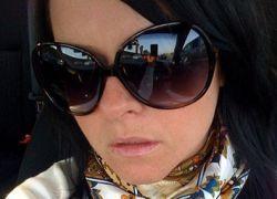 Почему в солнечных очках хуже слышно?