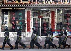 В Тибете введено военное положение