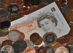 Банк Англии вольет в экономику £75 млрд