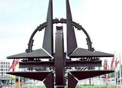 НАТО отменила холодную войну