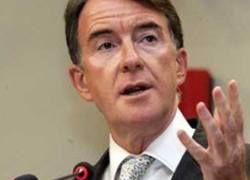 На британского министра выплеснули зеленую слизь