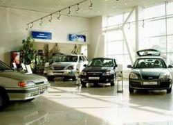 Россияне предпочитают подождать с покупкой нового авто