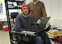 Инвалидное кресло, которое управляется силой мысли