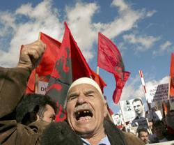 Разгон демонстрации в Косово: более 50 раненых