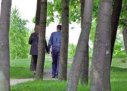 Прогулки - самый эффективный способ поддерживать форму