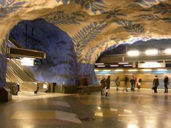 """В метро Стокгольма установлены \""""электронные носы\"""""""