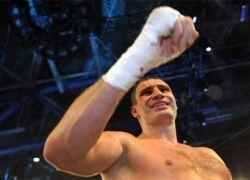 Кличко признан лучшим нокаутером в истории бокса