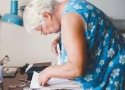Пенсионерка с калькулятором отвоевывает деньги у ЖКХ