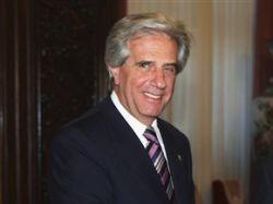Президентами Уругвая сегодня будут три человека