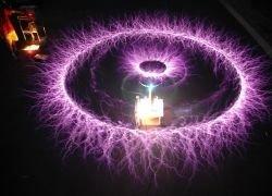 Музыка в исполнении колец Тесла