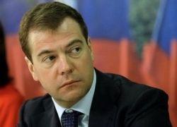 Медведев грозит не дать Украине кредит