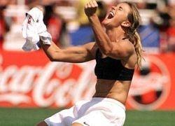 Гуус Хиддинк займется женским футболом