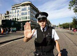 Полицейским Шотландии запретили договаривать за заиками