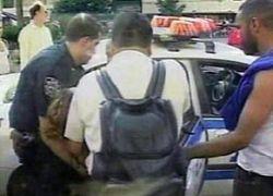 В США продавец довел грабителя до слез