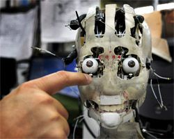 Роботы заменят ученых