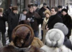 Голодные жители поселка Светлогорья вышли на митинг