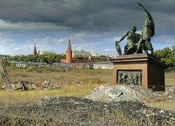Почему российская демократия так наивна и инфантильна