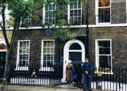 В Англии выставлен на продажу дом Чарльза Диккенса