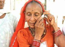 """В Индии заблокируют 30 миллионов \""""серых\"""" телефонов"""
