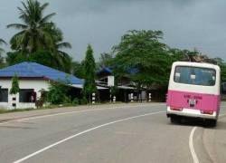 В Мьянме автобус упал в пропасть: 20 погибших