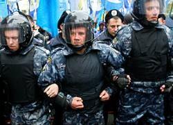 Киев защитит Саакашвили от оппозиции дубинками