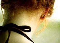 Как помочь себе, если болит шея?
