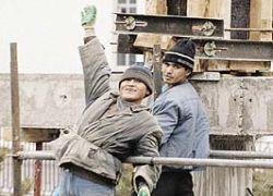 Уволенные мигранты поедут домой за счет работодателя