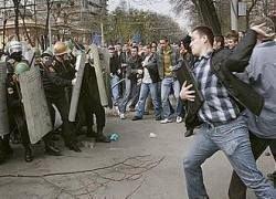 """Кто \""""оплатил\"""" революцию в Молдавии?"""