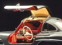 Mercedes показал дизайн суперкара SLS AMG