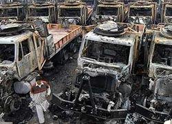 Пакистанские боевики сожгли 11 грузовиков НАТО