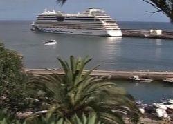 Лодка врезалась в буксир во Флориде, 5 человек погибли