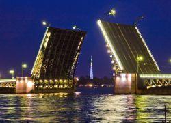 Кризис покончил с разводами Петербургских мостов