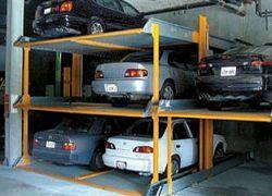 В Москве открылась первая в России парковка-автомат