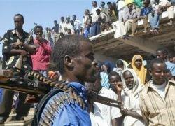 Сомалийские пираты захватили сразу три судна