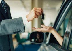 Автовладельцы начали избавляться от кредитных авто