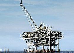 Россия сократила добычу нефти и газа