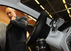Купить наши авто могут только рабочие АвтоВАЗа и Путин