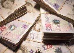 В Британии обнародуют имена злостных неплательщиков
