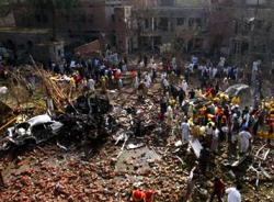 Теракт с участием смертника в Пакистане: 27 погибших