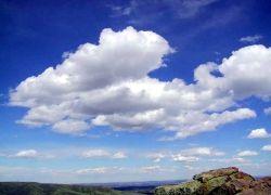 В атмосфере Земли образуется все больше облаков