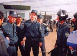 Узбекский спецназ грабил иностранцев в Москве