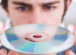 Продажи музыки во всем мире упали из-за кризиса