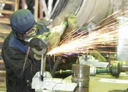 Московские предприятия увольняют приезжих