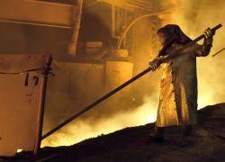 Голодающие металлурги обратились к Медведеву