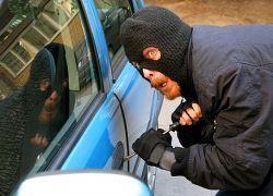 Кризис пересаживает украинцев на краденые авто