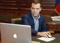 Медведев потребовал переделать сайты госструктур